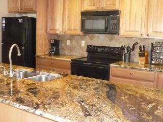 Our luxury Kitchen with all the extras. - Xmas Available, Walk to lifts, Luxury Condo - Breckenridge - rentals