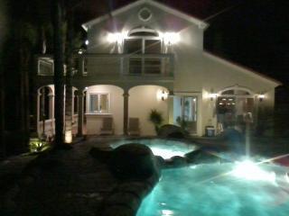 SunnyHills Vacation Estate w/pool 3/4 Ac Near Disneyland-luxurious 4bdrm, 3.5bth - Walnut vacation rentals