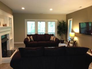 The Sanctuary -- 3 Bedroom, 2 1/2 bath, 2500 sq feet - Fayetteville vacation rentals