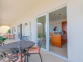 Figueira at Cupecoy, Saint Maarten - Marina View, Walk to the Beach, Pool - Burgeaux Bay vacation rentals