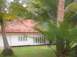 Peaceful Sea Breeze Bungalow with ample space - Hikkaduwa vacation rentals