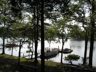 Lovely Lake Hideaway - North Carolina Piedmont vacation rentals