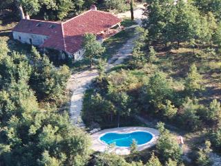 Typical old stone farmhouse with private pool - Sl - Thezac vacation rentals
