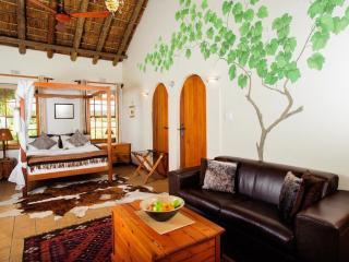 Beausoleil - A Perfect Escape for Couples - Bonnievale vacation rentals