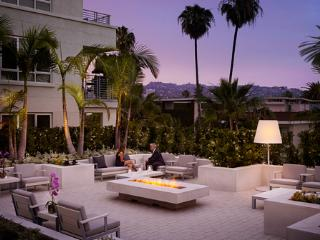 5* One Bed Deluxe apartment Wilshire Boulevard LA - Beverly Hills vacation rentals