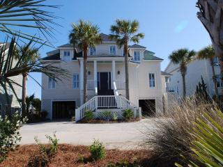 25% OFF 4-7 night stay thru 3/20! 7bd, Pool/Spa! - Isle of Palms vacation rentals