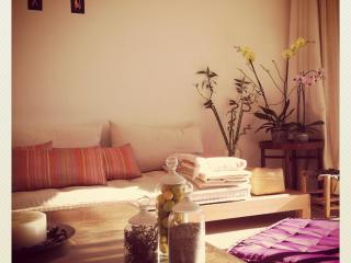 Olablanca: Cosy Apartement on the Atlantic - Dar Bouazza vacation rentals