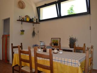 Warmth and relax in a umbrian country house - Umbertide vacation rentals