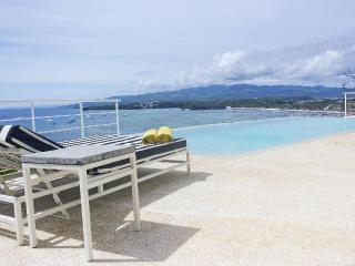 The most exclusive villa for rent, an amazing view - Tablas Island vacation rentals