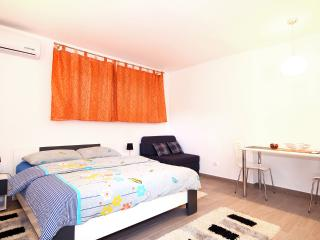 Studio, Lapad center, near beaches - Dubrovnik vacation rentals