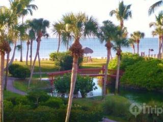 Fabulous!! Gulf Front Complex - Pointe Santo de Sanibel - Ideal Location!! - Great for Families!!!! - Sanibel Island vacation rentals