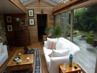 Le Clos Saint Jacques an authentic family house between land and sea in Bretagne - Plurien vacation rentals
