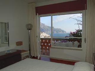 Mare azzurro in Amalfi - Praiano vacation rentals