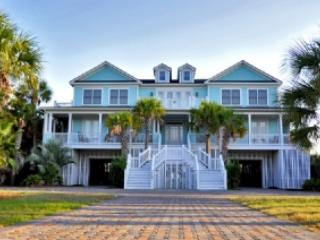 10 Bd, 10 Ba, Oceanfront w/Pool! Beach Vacation! - Isle of Palms vacation rentals
