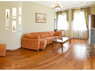 CR101bKIEV - 1-Bedroom Apartment near National Opera - Kiev vacation rentals
