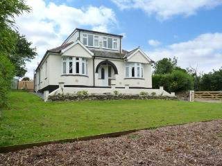 TRELYDARTH family-friendly, two sitting rooms, peaceful surroundings in Penhallow Ref 28258 - Penhallow vacation rentals