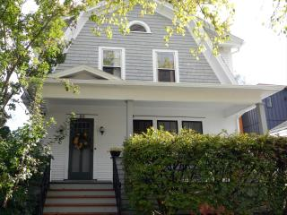 Classic, Comfortable, in Downtown Burlington - Burlington vacation rentals