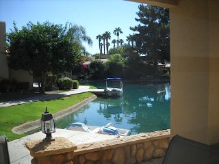LUXURY PALM SPRINGS LAKE HOUSE - California Desert vacation rentals