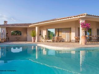 Luxury villa & pool 12 P South Corsica beach 500 mtr - Sainte Lucie De Porto Vecchio vacation rentals