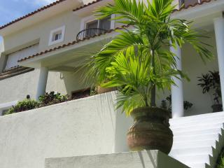 Spacious 3 bedroom home, located in Sector O! - Huatulco vacation rentals
