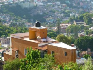 Perfect Condo with Internet Access and Satellite Or Cable TV - Guanajuato vacation rentals