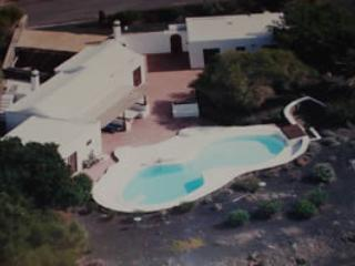 aerial view of Casa Annabella - Lovely spacious 3 bed villa with pool in secluded gardens wifi playstation Puerto del Carmen - Puerto Del Carmen - rentals