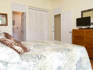Perfect Condo with Internet Access and Tennis Court - Haleiwa vacation rentals