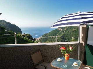 PIETRA ROMANTICA - 1 Bedroom - Pontone - Scala - Pogerola vacation rentals