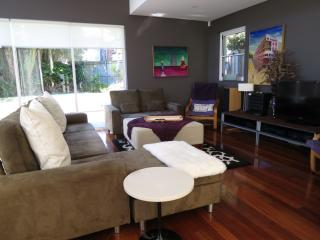 Large, gorgeous designer home..... - Sydney vacation rentals