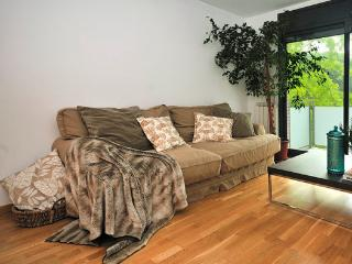 Cozy 2 bedroom Condo in Province of Girona - Province of Girona vacation rentals