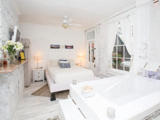 White Room - New Orleans vacation rentals