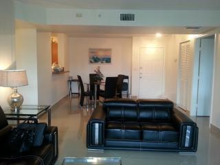 Beautiful 2BEDROOM/2BATH Apartment! - Dania Beach vacation rentals