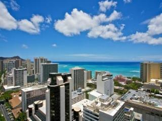Royal Kuhio Beautiful 2bd/2bth/1prk Penthouse in Waikiki - Honolulu vacation rentals