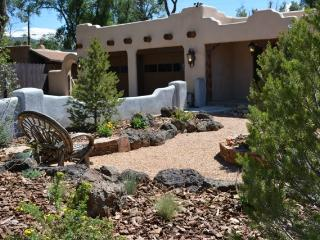 Casa Milagro luxury comfort near Plaza w/ Hot Tub - Taos vacation rentals