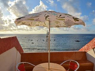 Remedios Studio at Canteras beachfront - Las Palmas de Gran Canaria vacation rentals