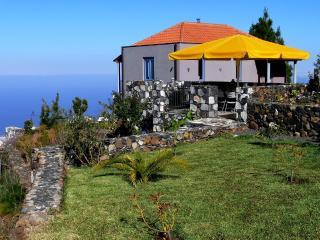 Villa Buena Vista, canary Island La Palma, spain - Tijarafe vacation rentals