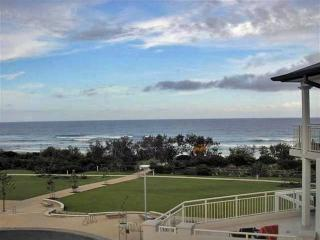 2 bedroom Apartment with Internet Access in Kingscliff - Kingscliff vacation rentals