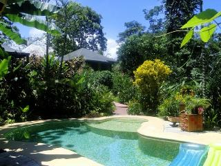 PHIDJIE LODGE - B&B - BUNGALOWS - SOUTHERN PACIFIC - Ojochal vacation rentals