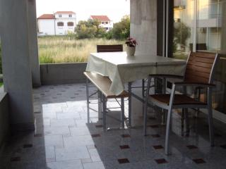 APARTMAN D&D (breakfast) - Bibinje vacation rentals