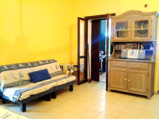 Bright 3 bedroom Apartment in La Caletta with Internet Access - La Caletta vacation rentals