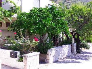 Ferienwohnung für 2+1 Personen in Kuciste - Kuciste vacation rentals