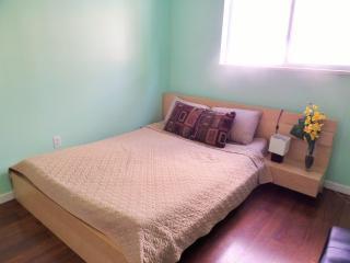 Cozy garden suite in Maple Ridge - Maple Ridge vacation rentals