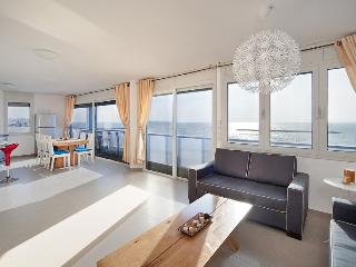 Herbert Samuel 2 Bedroom - Sea N' Rent - Tel Aviv vacation rentals