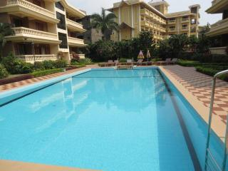 18) 2 Bedroom Apartment, Candolim Regal Palms - Candolim vacation rentals