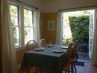 Garden Setting, 2BR+Large Office, 3 Blocks to UCB - Berkeley vacation rentals