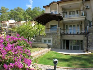 New duplex apartment with Jacuzzi bathtub and pool - Gocek vacation rentals