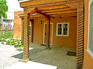 Artist Retreat 2 Bedroom - Taos Area vacation rentals
