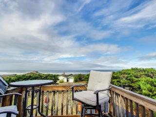 Whimsical oceanview & dog-friendly home w/ private hot tub & close beach access! - Waldport vacation rentals