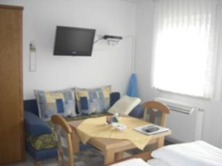 Guest Rooms in Maehring - quiet, comfortable, relaxing (# 4239) - Mahring vacation rentals