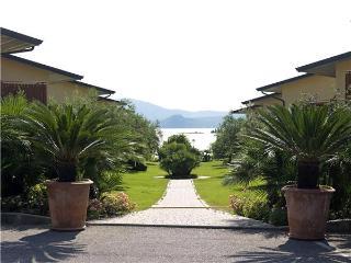 Apartment in Manerba del Garda (BS), Lake Garda, Manerba del Garda, Italy - Pieve di Manerba vacation rentals